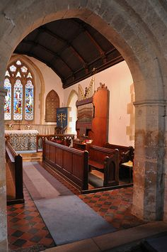 Adlestrop St Magdalene 13th century double chamfered chancel arch -101
