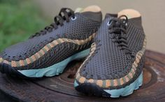 """Live Look: Nike Air Footscape Woven Chukka """"Deep Smoke"""" Chukka Sneakers, Year Of The Horse, Yellow Accents, Nike Free Shoes, Basketball Shoes, The North Face, Nike Air, Kicks, Footwear"""