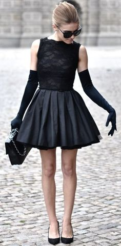 Sleeveless cute black mini dress with gloves
