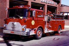 ◆Philadelphia, PA FD Engine 2 ~ Mack CF Pumper◆