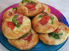 ΜΑΓΕΙΡΙΚΗ ΚΑΙ ΣΥΝΤΑΓΕΣ 2: Εύκολες πίτες σαν πίτσες με αλλαντικά !!!!