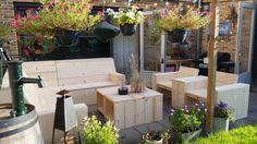 Steigerhouten loungeset te koop bij Meneer Bomers. Kijk ook voor andere producten op de Facebook pagina van Meneer Bomers.