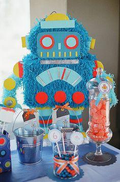 Piñata~ROBOT  Piñata