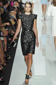 Michael Kors is one of my favorite designers. This dress is so cute!