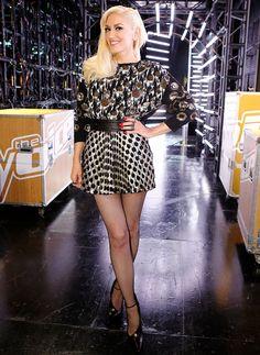 Gwen Stefani on The Voice Gwen Stefani No Doubt, Gwen Stefani Style, Gwen Stefani Pictures, Tv Judges, Pale Face, Matchbox Twenty, Blake Shelton, Her Music, Shades Of Black