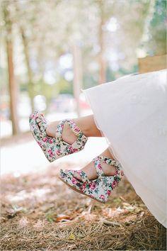 super cute floral print wedges