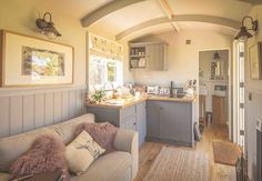 The Poachers Hut by The English Shepherds Hut Company. A fully inclusive Shepherd Hut with an en-suite bathroom and kitchen. Tyni House, Tiny House Living, Small Living, Shepherds Hut For Sale, Shepherds Hut Holidays, Cottage Shabby Chic, Tiny Spaces, Tiny House Design, House On Wheels