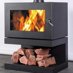 Install a new Blaze 900 freestanding wood heater and your most difficult task on a cold Winter's night will be to drag yourself from its penetrating warmth. Steel Doors, Contemporary Decor, Wood Heaters, Home Appliances, Modern, Bar Ideas, Fireplaces, Promotion, Zero