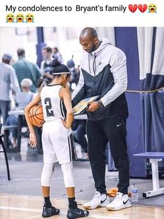 High quality Kobe Bryant gifts and merchandise. Kobe Bryant Family, Kobe Bryant 8, Lakers Kobe Bryant, Nba Players, Basketball Players, Kobe Basketball, Bryant Basketball, Kobe Bryant Daughters, Kobe Bryant Quotes