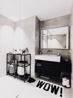Healthy people 2020 goals for the elderly home jobs nyc Minimalistic Room, Bathroom Towel Decor, Elderly Home, Home Jobs, Home And Deco, Black Decor, Interiores Design, Cheap Home Decor, Room Inspiration