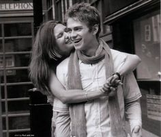 Hayden Christensen and his cousin Maggie.There like best friends but closer.Pull out the connected hearts.Anyways,she's a college student.She came to see him not that long ago.She staying in New York waiting for him to get back from his world tour.