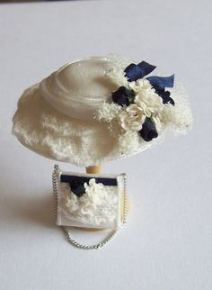 Pretty 1/12 scale handmade dollhouse miniature  silk hat and matching bag
