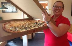 """Pizza Co. employee brings out """"Old Ephraim"""" for customers. College Food Hacks, College Meals, Pizza, Tasty, Seasons, Summer, Summer Time, Seasons Of The Year"""