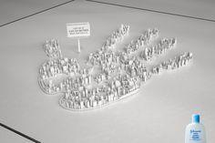 巨大都市に棲みつくものは!? 大量のバクテリアをユニークに描いたプリント広告 | AdGang