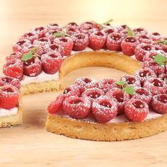 Himbeertarte - Famous Last Words No Bake Desserts, Just Desserts, Delicious Desserts, Dessert Recipes, Yummy Food, Tart Recipes, Baking Recipes, Raspberry Tarts, Sweet Tarts