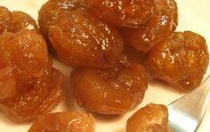 Marron glacé - Ecco la ricetta e la preparazione dei marron glacé, una particolare lavorazione pasticcera della castagna sciroppata.