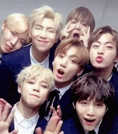 What happens when BTS and BlackPink go to the same school and they have to share the same dorm? The ships in this story: Rap Monster × Jennie Jungkook × Lisa Jimin × Rosé Jin × Jisoo Highest Rankings: in Fanfiction on August 2017 Bts Jimin, Taehyung, Jimin Jungkook, Bts Bangtan Boy, Bts Boys, Bts Aegyo, Seokjin, Kim Namjoon, Yoonmin