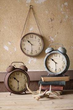 awe | vintage-inspired clocks.