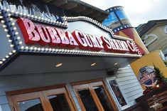Bubba Gump Shrimp Co. - This restaurant in Gatlinburg has some of the best seafood in the Smokies! Gatlinburg Restaurants, Gatlinburg Cabins, Great Restaurants, Gatlinburg Tennessee, Tennessee Vacation, Smoky Mountain Outdoors, Smokey Mountain, Wears Valley Cabin Rentals, Pigeon Forge Hotels
