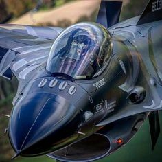 Us Military Aircraft, Military Helicopter, Military Jets, Military Weapons, Airplane Fighter, Airplane Art, Fighter Aircraft, Jet Fighter Pilot, Fighter Jets