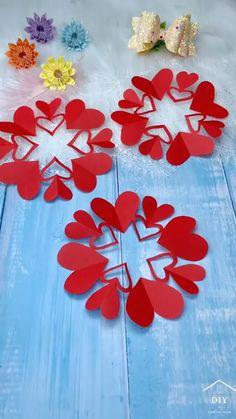 Paper Flowers Craft, Paper Crafts Origami, Paper Crafts For Kids, Flower Crafts, Oragami, Diy Crafts Hacks, Diy Crafts For Gifts, Creative Crafts, Valentine Crafts For Kids