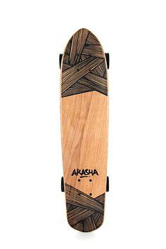 Akasha Board Classique sur Fubiz For SPOOTNIK. Les matériaux utilisés tout au long de l'élaboration d'une planche visent à respecter au mieux l'environnement et à limiter son impact sur la planète: hêtre ...