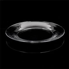 This classic clear glass dinner plate is the perfect complement to any occasion — casual and formal alike! Plus, it coordinates well with any color scheme. Coordinate with our other clear glass pieces for a beautiful table setting. A wonderful choice for restaurants, bars, caterers, banquet facilities, and event planners.