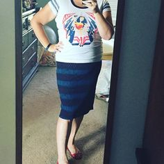 #OOTD #lularoecassieskirt with a graphic tee. LOVE this outfit! I think the…