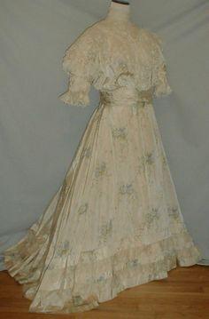 Romantic 1890's Belle Epoch Floral Silk Antique Dress