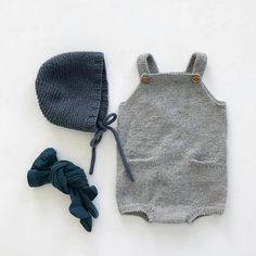 A new pocket playsuit has finally come off the pins and been put to use. It's so soft and good! Knitted in alpaca wool from A Knit Story and is so long Newborn Outfits, Baby Boy Outfits, Kids Outfits, Baby Boy Fashion, Kids Fashion, Pinterest Baby, Little Man Style, Cute Baby Shoes, Kids Wardrobe