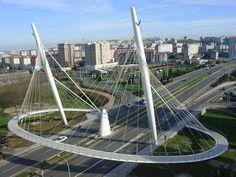 'La Rosa' is a cable-stayed bridge and pedestrian bridge (footbridge) that was completed in The project is located in La Coruña, La Coruña, Galicia, Spain, Europe. Bridges Architecture, Urban Architecture, Futuristic Architecture, Amazing Architecture, Bridge Structure, Cable Stayed Bridge, Steel Bridge, Bridge Design, Pedestrian Bridge