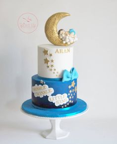 Twinkle twinkle little star! Arans first birthday cake! Baby Shower Cakes For Boys, Baby Boy Cakes, Baby Shower Desserts, Baby Shower Decorations For Boys, Star Baby Showers, Boy Baby Shower Themes, Boys First Birthday Cake, Baby Birthday Cakes, Baby Boy Christening