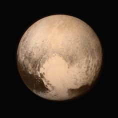 NASA Spacecraft Makes Historic Dwarf Planet Flyby - The New Horizons probe captured a sneak peak of gorgeous Pluto! According to the New Horizons social. - NASA/New Horizons Cosmos, Hubble Images, Hd Images, Bing Images, New Horizons Pluto, National Geographic, Dwarf Planet, Dave Matthews, Space Probe