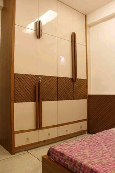 17 Ideas Modern Closet Doors Cabinets For 2019 Wardrobe Laminate Design, Wall Wardrobe Design, Wardrobe Interior Design, Wardrobe Door Designs, Bedroom Closet Design, Bedroom Furniture Design, Home Room Design, Modern Bedroom Design, Closet Designs