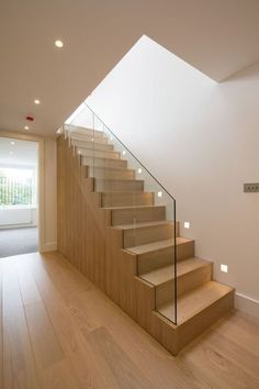 Staircase ideas - design and layout ideas to inspire your own staircase remodel painted diy, decorating basement remodel pictures - moder staircase ideas Interior Staircase, Staircase Remodel, Wood Staircase, Staircase Ideas, Oak Stairs, Diy Stair Railing, Railings, Frameless Glass Balustrade, Stairway Lighting