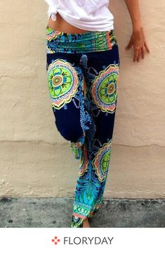 Shop Floryday for affordable Pants & Leggings. Floryday offers latest ladies' Pants & Leggings collections to fit every occasion. Gypsy Style, Boho Gypsy, Hippie Style, My Style, Bohemian Pants, Bohemian Blouses, Bohemian Style Clothing, Chic Clothing, Flat Style