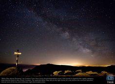 """Milky Way above Romania"": 2009-2010 International Photo Contest Winners"