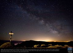 """Milky Way above Romania"": 2009-2010 International Photo Contest Winners"