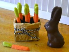 """Adorable choc dipped pretzel """"carrots"""" for Easter :)"""