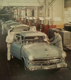 1952 Ford Car Production Line