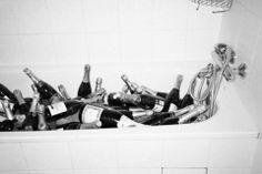✔ Bubble(s) Bath ~ Bachelorette Bucket List. #bachelorette #idea #bachelorette_bucket_list