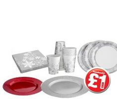 Disposable table wear perfect for the Christmas Eve buffet