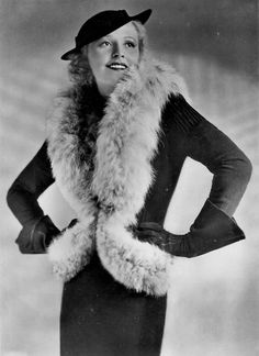 Liane Haid, I freakin' faux fur, even though I'm sure this is real. 1920s Fashion Women, Fur Fashion, Art Deco Fashion, Retro Fashion, Vintage Fashion, Fashion Design, Hollywood Fashion, 1920s Outfits, Vintage Outfits