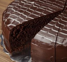 Try something different on your AGA heat-storage cooker with our recipe ideas - Chocolate Cake. View our AGA recipes & cook with your AGA cooker today. Aga Recipes, Easy Cake Recipes, Diabetic Recipes, Dessert Recipes, Pumpkin Recipes, Healthy Recipes, Melting Chocolate, Chocolate Cake, Paleo Meal Plan
