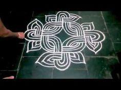 Rangoli Borders, Rangoli Border Designs, Kolam Rangoli, Flower Rangoli, Beautiful Rangoli Designs, Kolam Designs, Mehandi Designs, Rangoli With Dots, Simple Rangoli