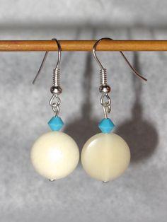 Boucles d'oreilles Tagua (ivoire végétal) : Boucles d'oreille par sandracristal