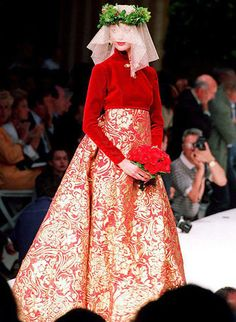 Balmain Fall 1993-1994 Haute Couture Designed by Oscar De La Renta