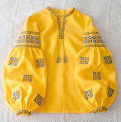 Ukrainian embroidered boho blouse vyshyvanka by GLAZDOV on Etsy Stylish Dresses For Girls, Stylish Dress Designs, Embroidered Clothes, Embroidered Blouse, Moda Rural, Look Fashion, Fashion Outfits, Pakistani Fashion Casual, Sleeves Designs For Dresses