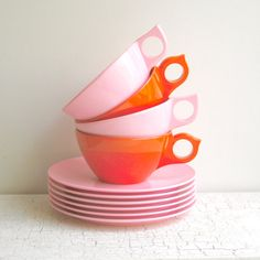 Vintage Plastic Ware Dish Set Pink and by KitchenTableVintage Vintage Love, Etsy Vintage, Plastic Ware, Pink Cups, Dish Sets, Small Plates, Conditioner, Snacks, Canning