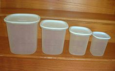 Vintage Rubbermaid Plastic Containers